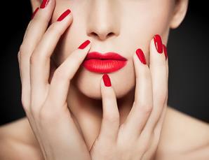 Manicure con semipermanen
