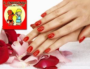 Manicure con semipermanente