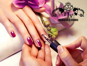 3 manicure con smalto semplice