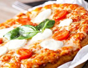 Menu pizza x2 con antipasto fritto (lun-gio)