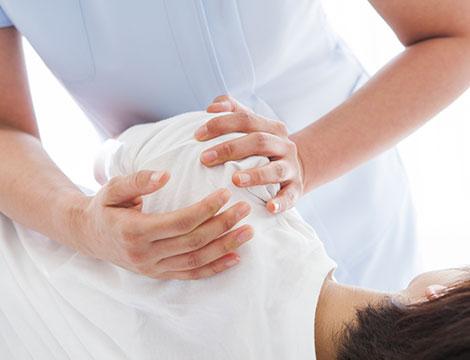 Massaggio corpo Sportivo Decontratturante