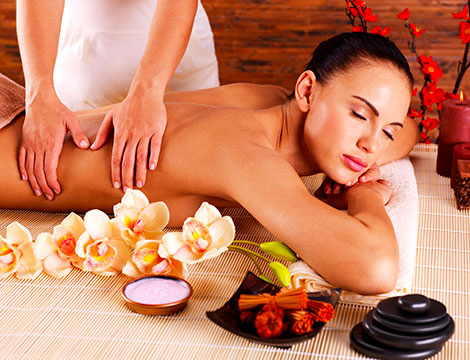 Un trattamento corpo con massaggio