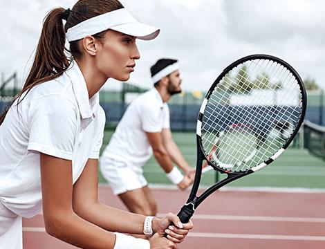 2 lezioni di tennis fino a 3 persone