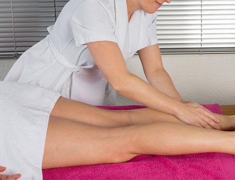 massaggi drenanti gambe, pancia e glutei