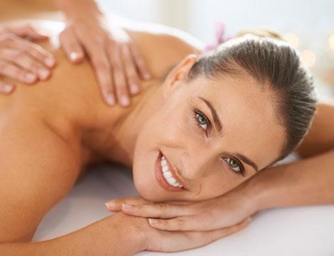 3 o 5 massaggi Basic o Deluxe da 50 minuti