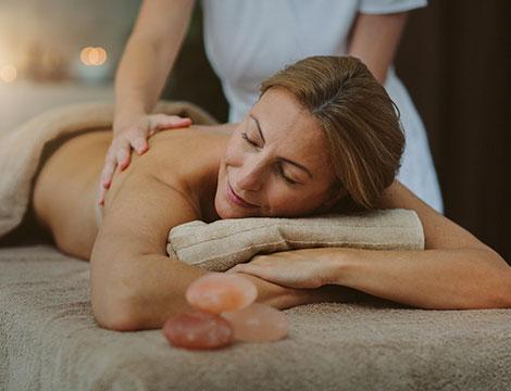 5 bendaggi corpo e massaggio finale