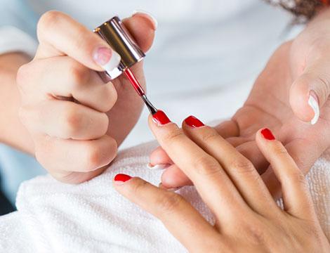 5 ritocchi gel con manicure Appia Colli albani