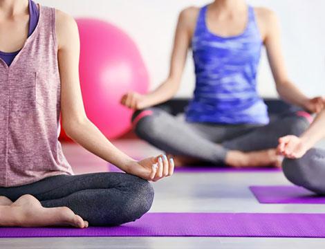 Abbonamento di un mese di yoga o pilates