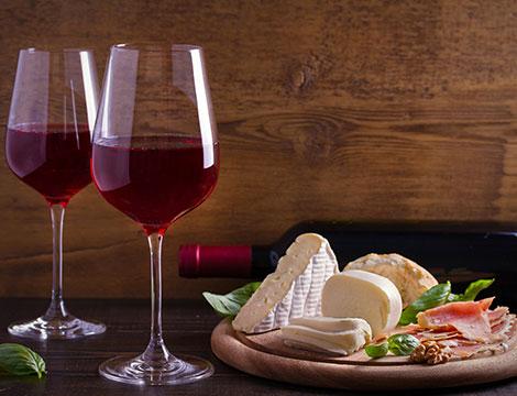 Degustazioni Regionali con vino e tagliere più bottiglia