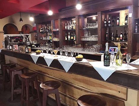 La Vecchia Chiusa Milano il bar
