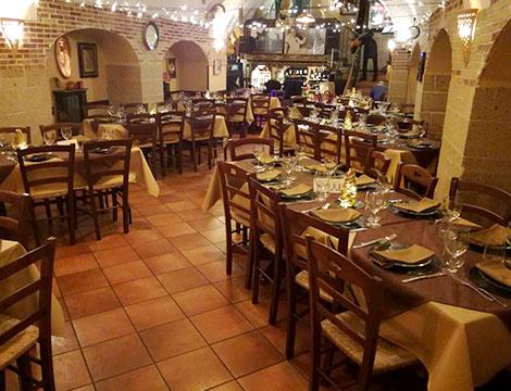 Cena con musica napoletana dal vivo_N