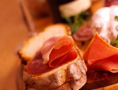 cena tipica milanese con sconto alla cassa_N