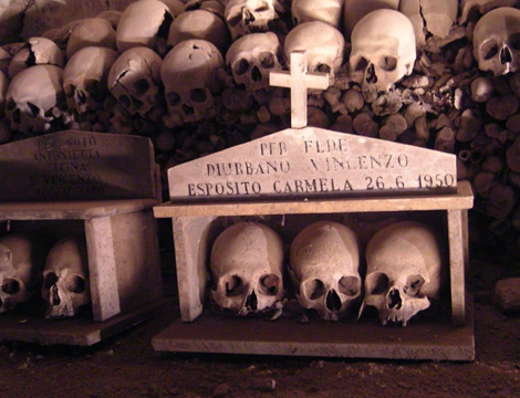Cimitero delle Fontanelle x2