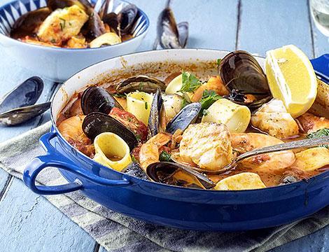 Menu a base di pesce a scelta con calice di vino secondo della casa
