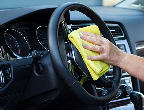 3 lavaggi auto interno ed esterno