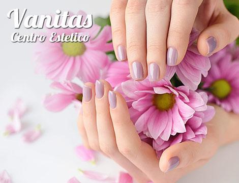 manicure russa con applicazione smalto semipermanente_N