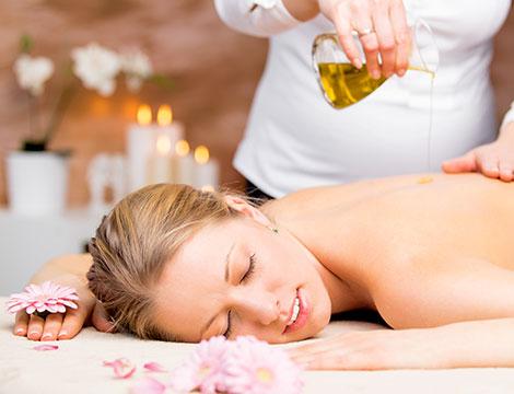 Massaggi agli olii essenziali