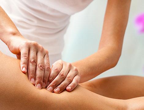Fino a 6 Massaggi localizzati su zona a scelta tra cosce, glutei o pancia