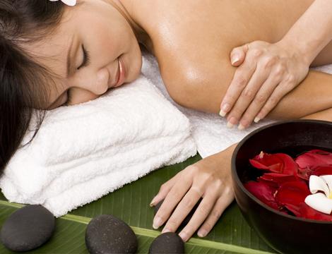 Massaggio ayurvedico e taping