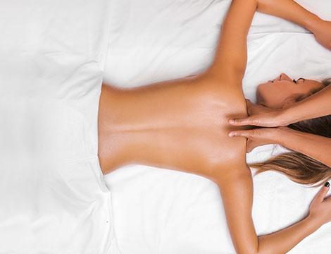 Massaggio decontratturante schiena