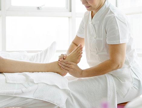 Massaggio piedi Padabyangam
