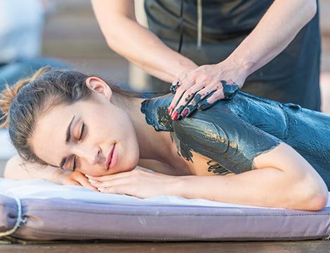 Massaggio snellente con fango
