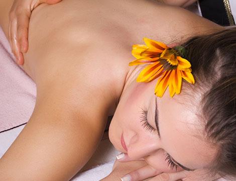 Massaggio testa Shiro Abhyanga