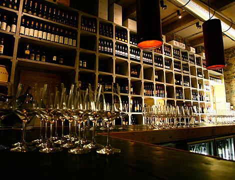 Menu 7 regioni con bottiglia di vino_N