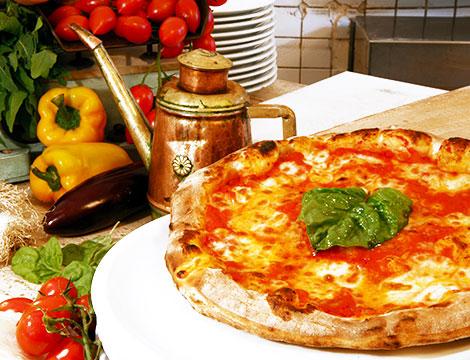 Menu pizza x2 Addu Titina sul lungomare di Pozzuoli_N