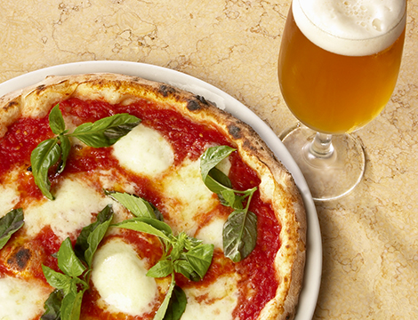 Menu pizza x2 con boccale di birra