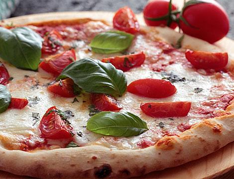 Super menu pizza o saltimbocca