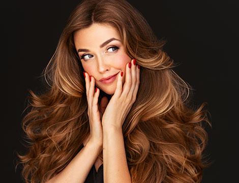 Pacchetti per capelli con taglio, colore e piega