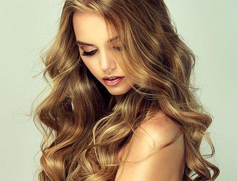 Pacchetto capelli donna con taglio, piega e colore