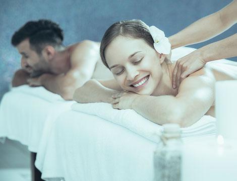 Percorso Spa di coppia con scrub, trattamento viso e massaggio