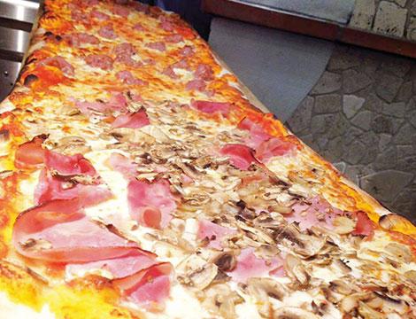 Pizza al metro Da Saba