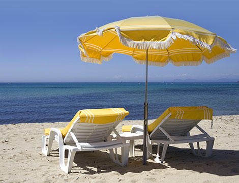 Spiaggia Playa del Mar ombrellone e lettino