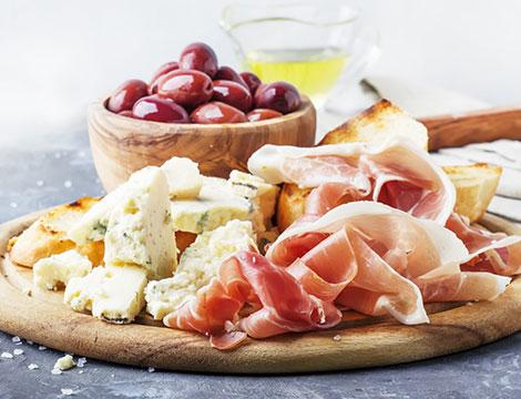 Pranzo o cena con degustazione di vini