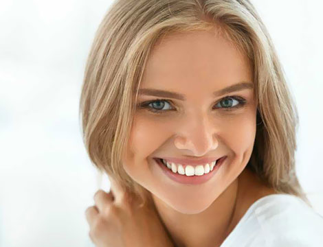 Pulizia denti e lucidatura