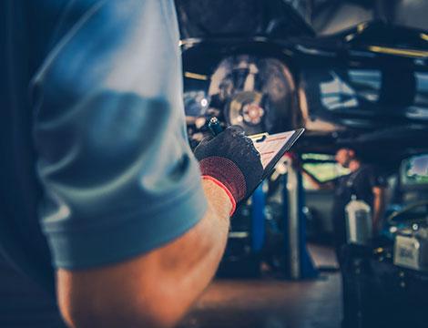 Ricarica clima e tagliando per ogni tipo di auto e cilindrata