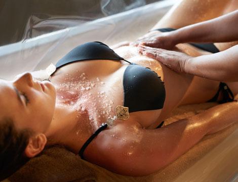 scrub corpo e crema idratante