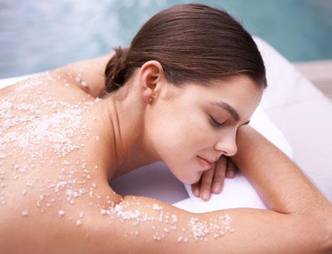 scrub corpo e trattamento idratante