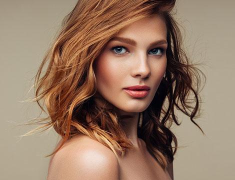 Sedute di hairstyling con taglio, piega, colore e cheratina