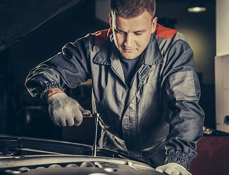 Tagliando auto fino ad oltre 2200 cc
