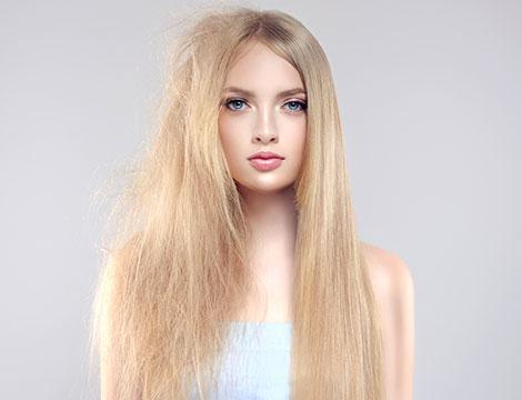 Trattamento anti crespo/lisciante alla cheratina o botox capelli