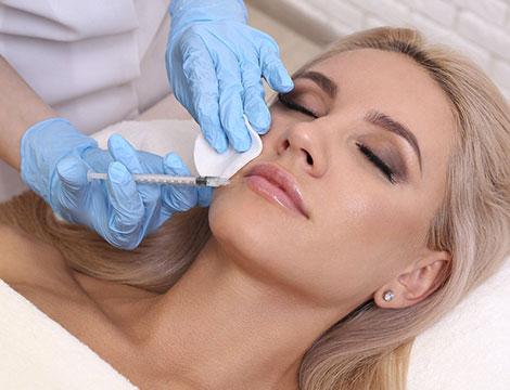 Trattamento viso antieta con filler di acido ialuronico e biorivitalizzazione