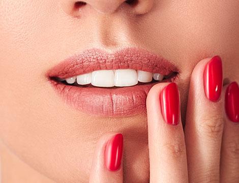 Visita odontoiatrica con sbiancamento led professionale
