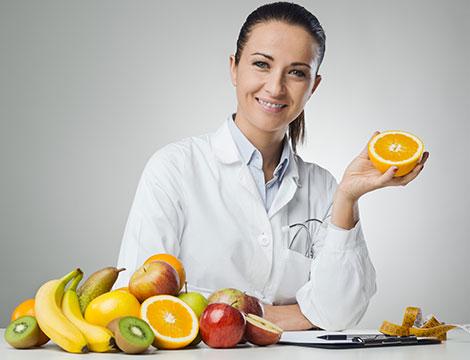 Visita nutrizionale con dieta personalizzata e controllo