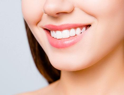 Visita odontoiatrica e trattamenti
