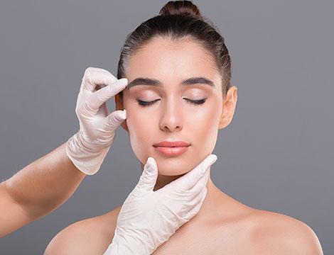 Visita medica per valutazione della pelle