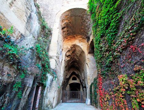 Visita x2 Crypta Neapolitana_N